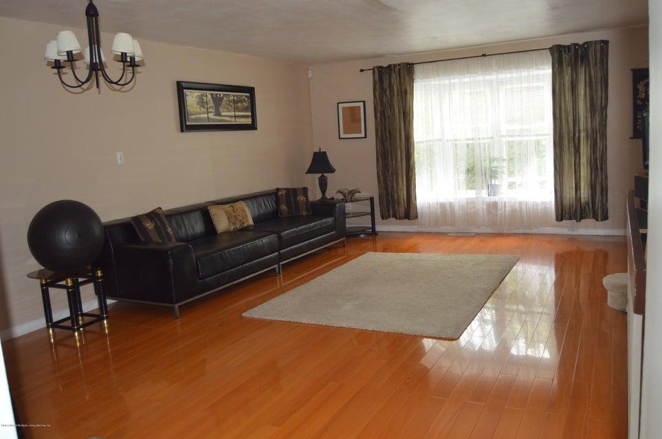 Condo 540 Dongan Hills Avenue  Staten Island, NY 10305, MLS-1119902-20