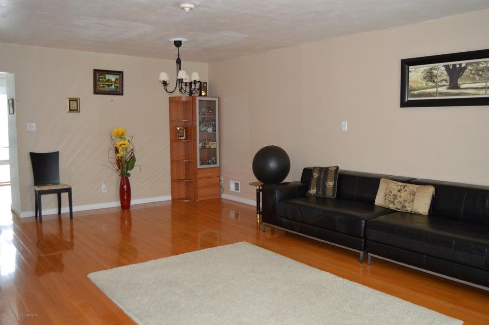 Condo 540 Dongan Hills Avenue  Staten Island, NY 10305, MLS-1119902-19