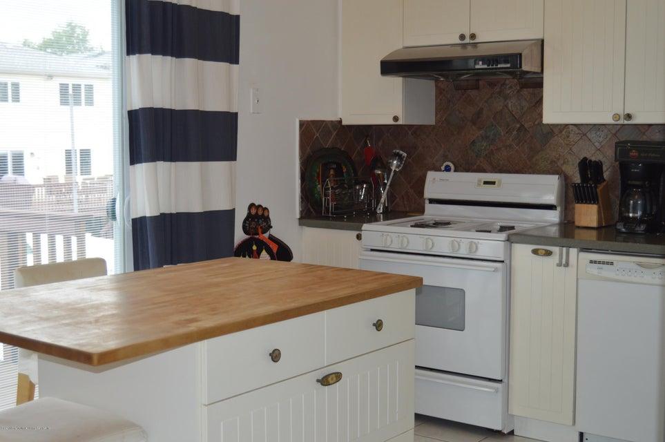 Condo 540 Dongan Hills Avenue  Staten Island, NY 10305, MLS-1119902-2
