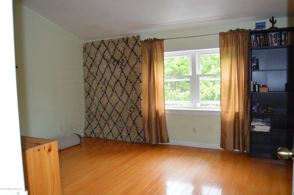 Condo 540 Dongan Hills Avenue  Staten Island, NY 10305, MLS-1119902-33
