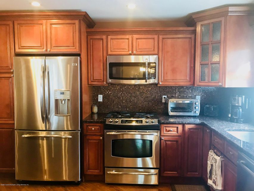 Single Family - Detached 655 Rathbun Avenue  Staten Island, NY 10312, MLS-1119839-9
