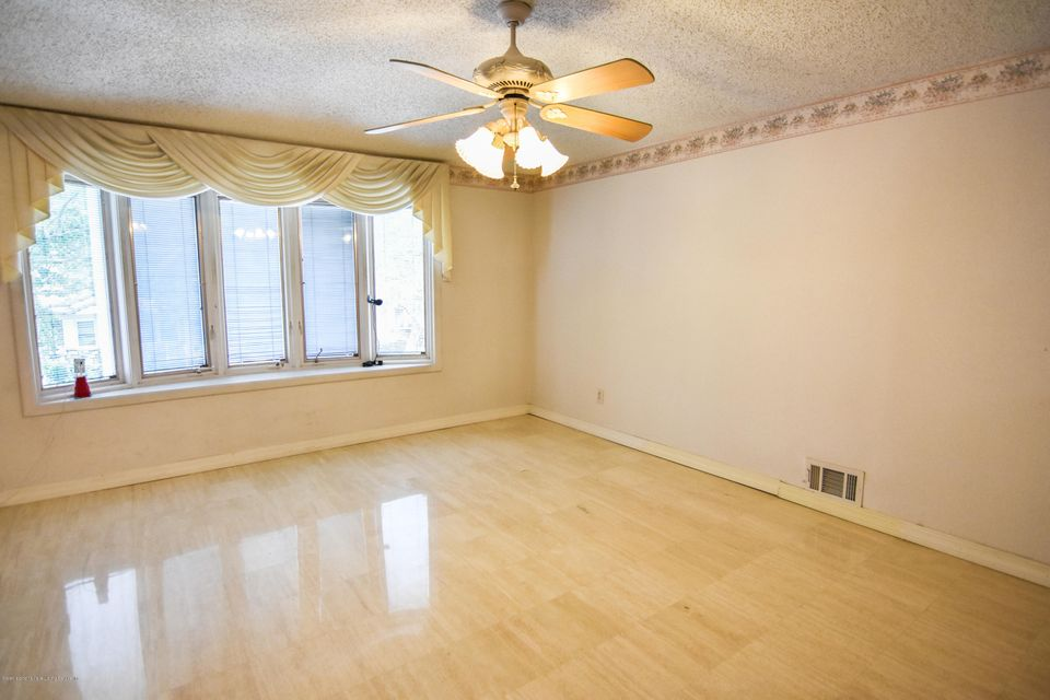 Two Family - Detached 46 Plymouth Road  Staten Island, NY 10314, MLS-1120005-8