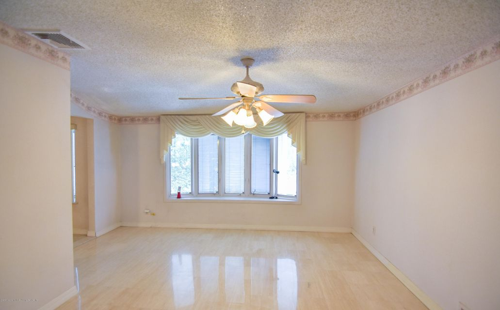 Two Family - Detached 46 Plymouth Road  Staten Island, NY 10314, MLS-1120005-13