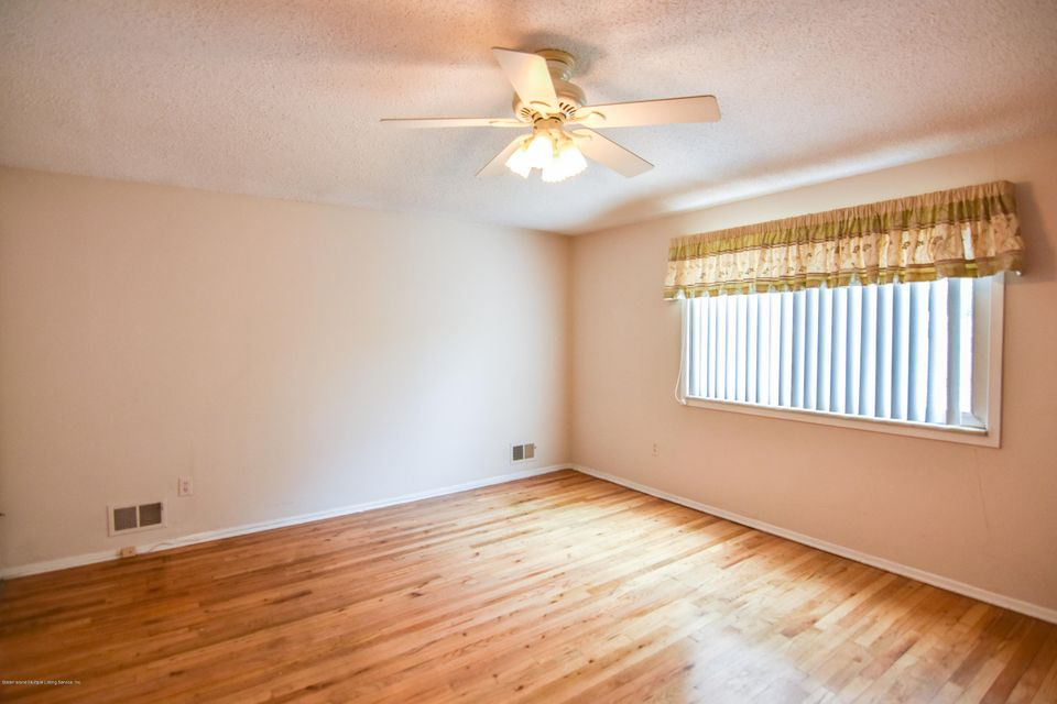 Two Family - Detached 46 Plymouth Road  Staten Island, NY 10314, MLS-1120005-24