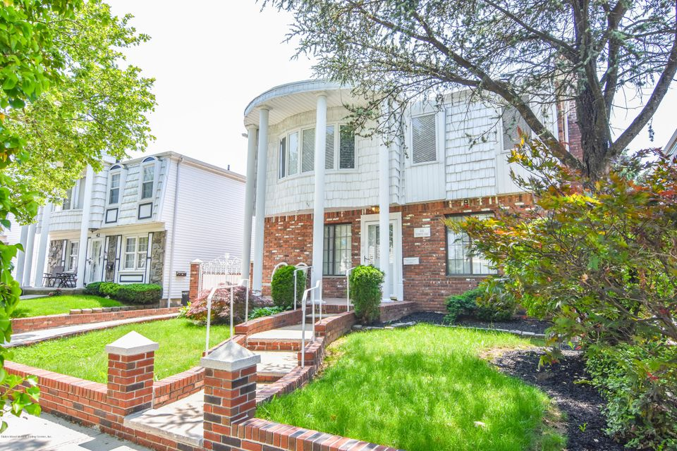 Two Family - Detached 46 Plymouth Road  Staten Island, NY 10314, MLS-1120005-3