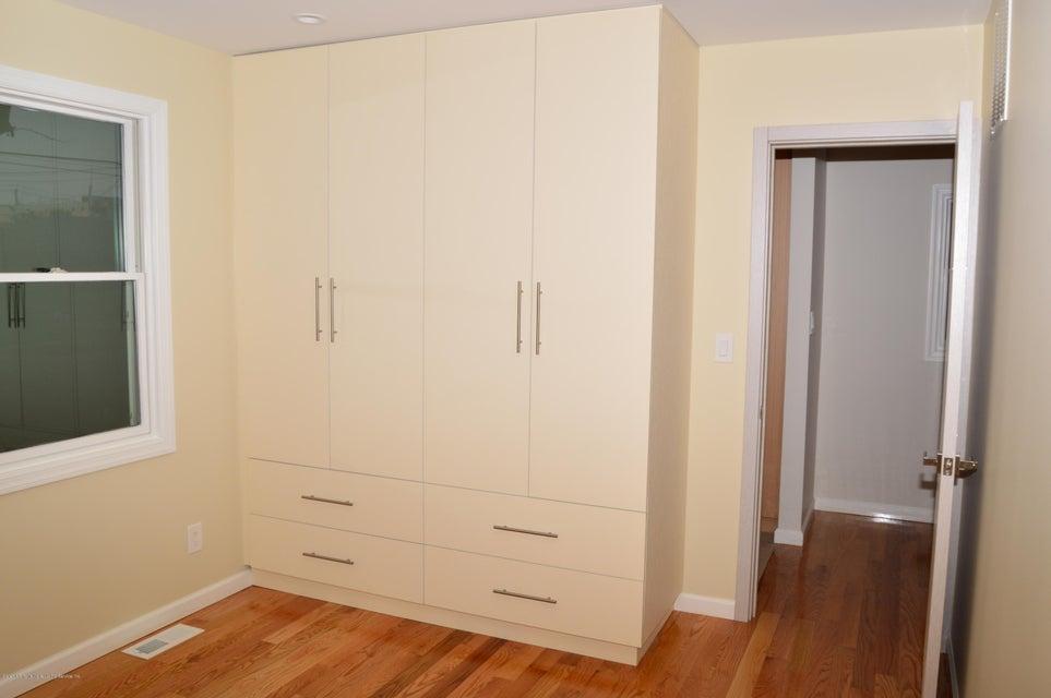 Single Family - Detached 108 Coddington Avenue  Staten Island, NY 10306, MLS-1119330-43