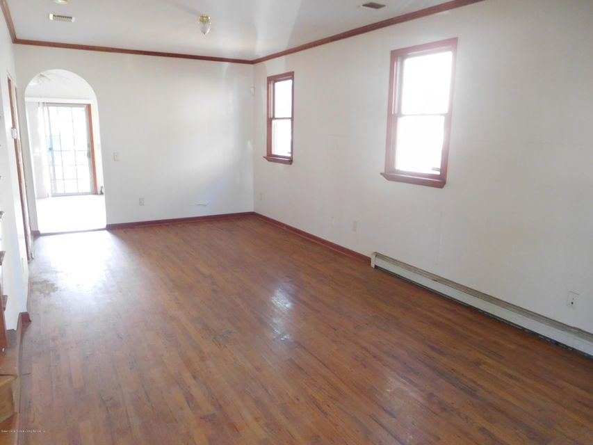 Single Family - Semi-Attached 33 Milton Avenue  Staten Island, NY 10306, MLS-1120073-4