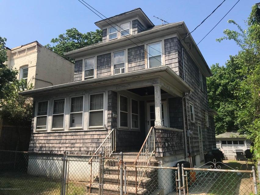Single Family - Detached in Concord - 319 Hillside Avenue  Staten Island, NY 10304