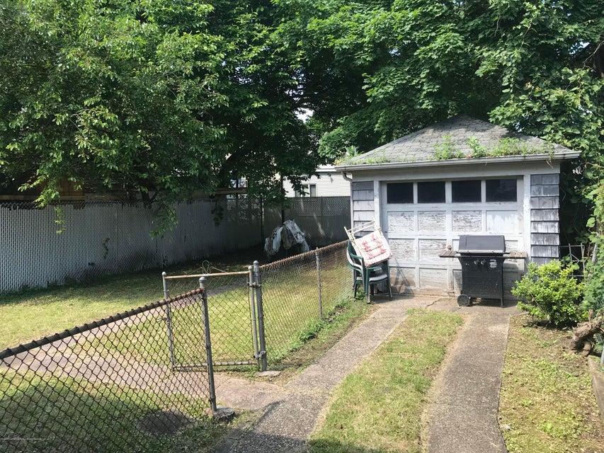 Single Family - Detached 319 Hillside Avenue  Staten Island, NY 10304, MLS-1120109-9