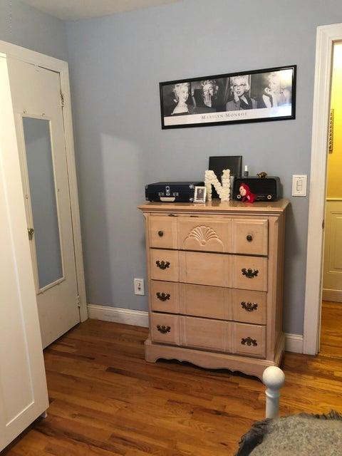 Two Family - Semi-Attached 81 Tioga Street  Staten Island, NY 10301, MLS-1120171-29
