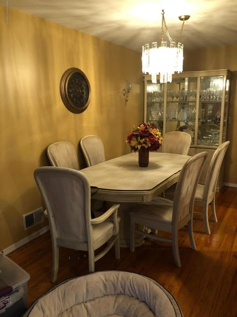 Two Family - Semi-Attached 81 Tioga Street  Staten Island, NY 10301, MLS-1120171-23