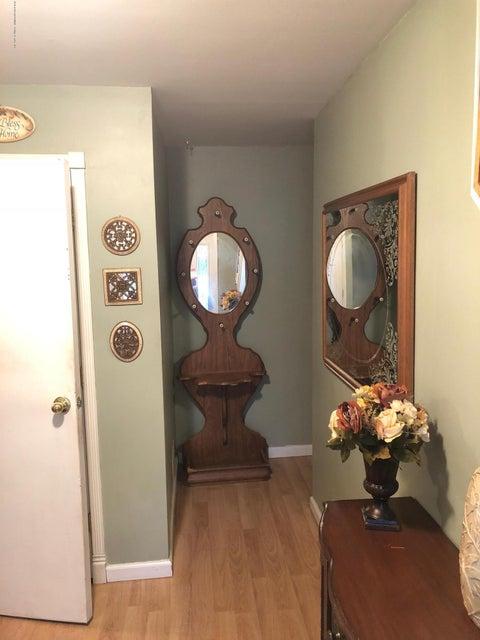 Two Family - Semi-Attached 81 Tioga Street  Staten Island, NY 10301, MLS-1120171-15