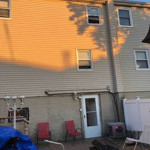 Two Family - Semi-Attached 81 Tioga Street  Staten Island, NY 10301, MLS-1120171-7