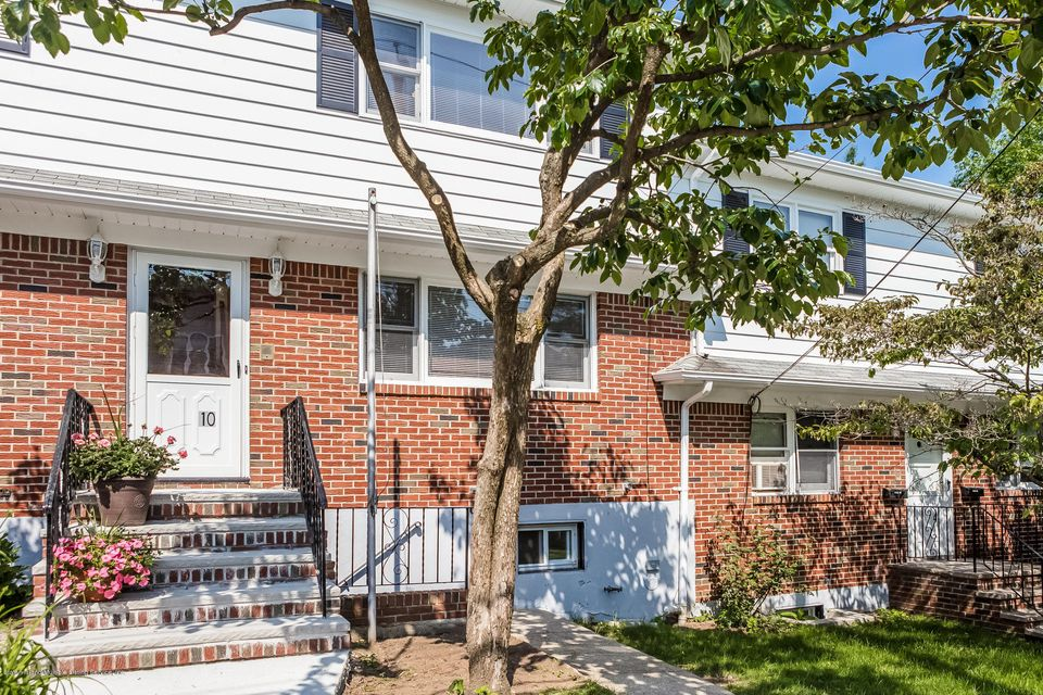 Single Family - Semi-Attached 10 University Place  Staten Island, NY 10301, MLS-1120177-3