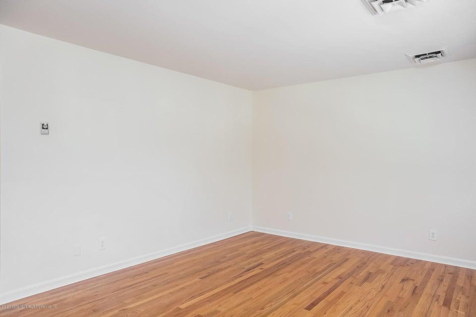 Single Family - Semi-Attached 10 University Place  Staten Island, NY 10301, MLS-1120177-9