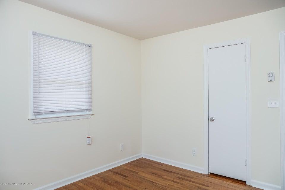 Single Family - Semi-Attached 10 University Place  Staten Island, NY 10301, MLS-1120177-26
