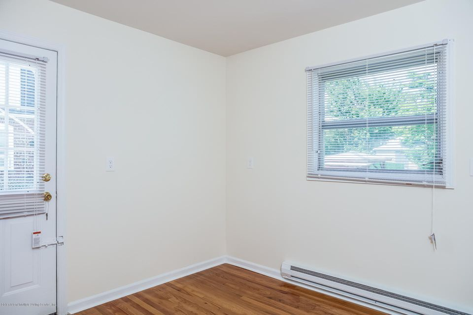 Single Family - Semi-Attached 10 University Place  Staten Island, NY 10301, MLS-1120177-27