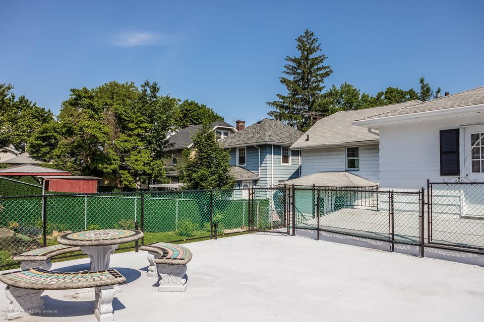 Single Family - Semi-Attached 10 University Place  Staten Island, NY 10301, MLS-1120177-41