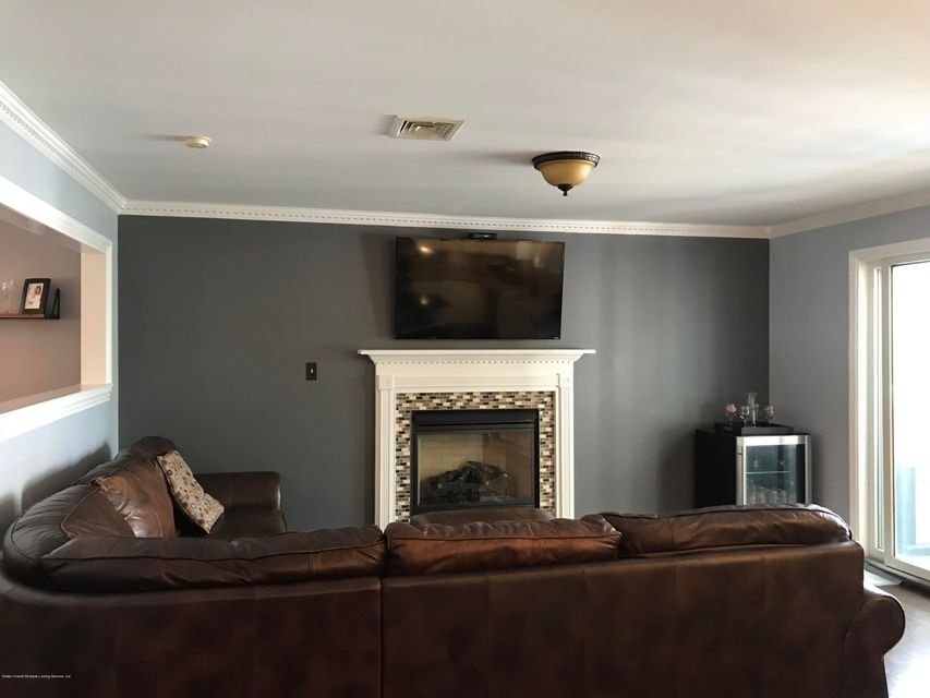 Two Family - Detached 185 Woodvale Avenue  Staten Island, NY 10309, MLS-1120200-18