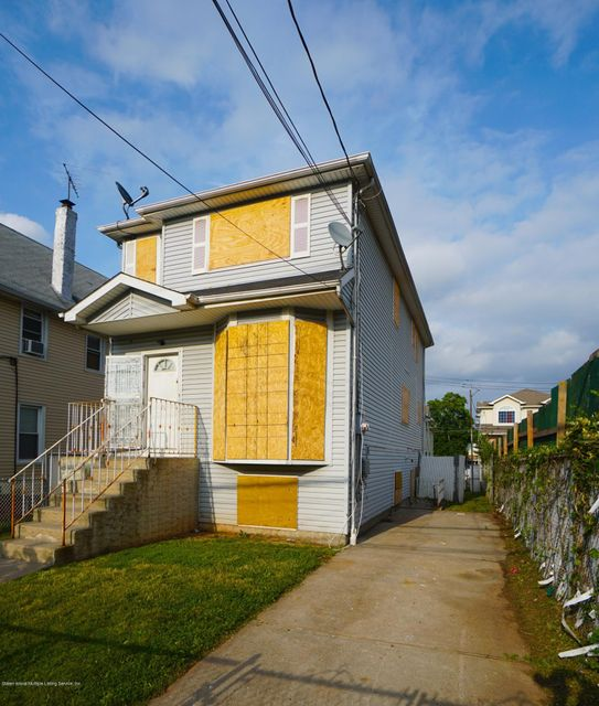 Two Family - Detached 79 Grandview Avenue  Staten Island, NY 10303, MLS-1120212-2