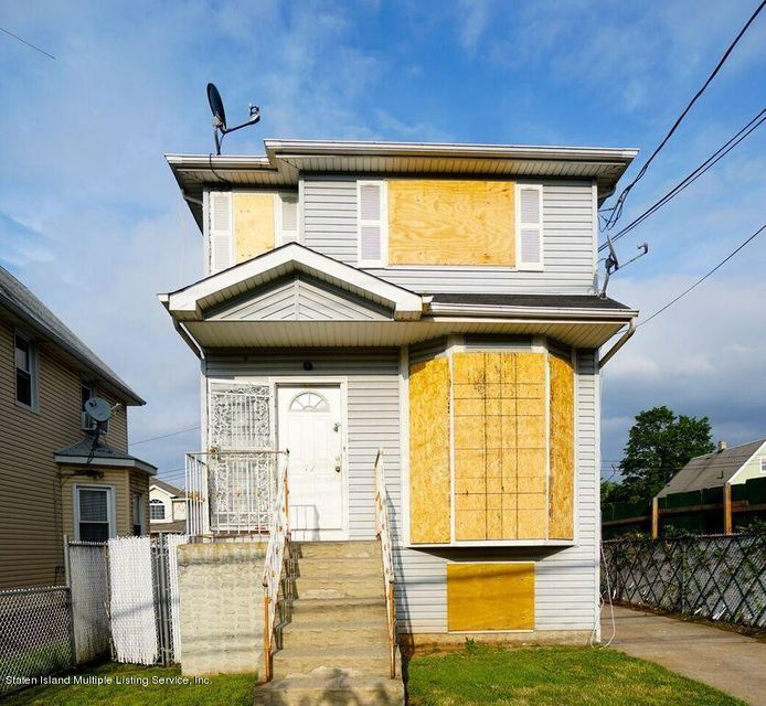 Two Family - Detached in Mariners Harbor - 79 Grandview Avenue  Staten Island, NY 10303