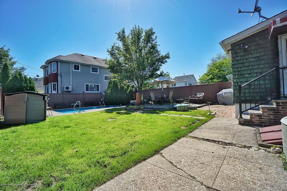 Single Family - Detached 482 Greeley Avenue  Staten Island, NY 10306, MLS-1120153-18