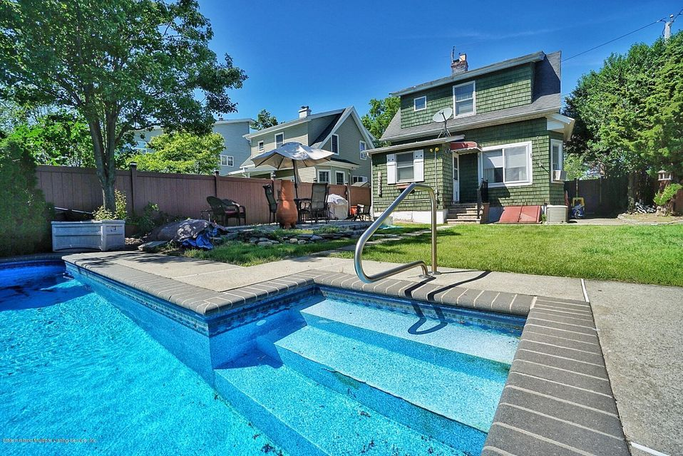Single Family - Detached 482 Greeley Avenue  Staten Island, NY 10306, MLS-1120153-22