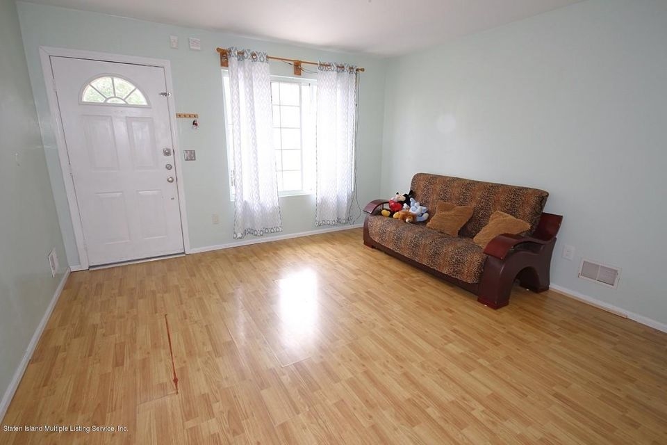 Single Family - Attached 8 Mersereau Avenue  Staten Island, NY 10303, MLS-1120238-2