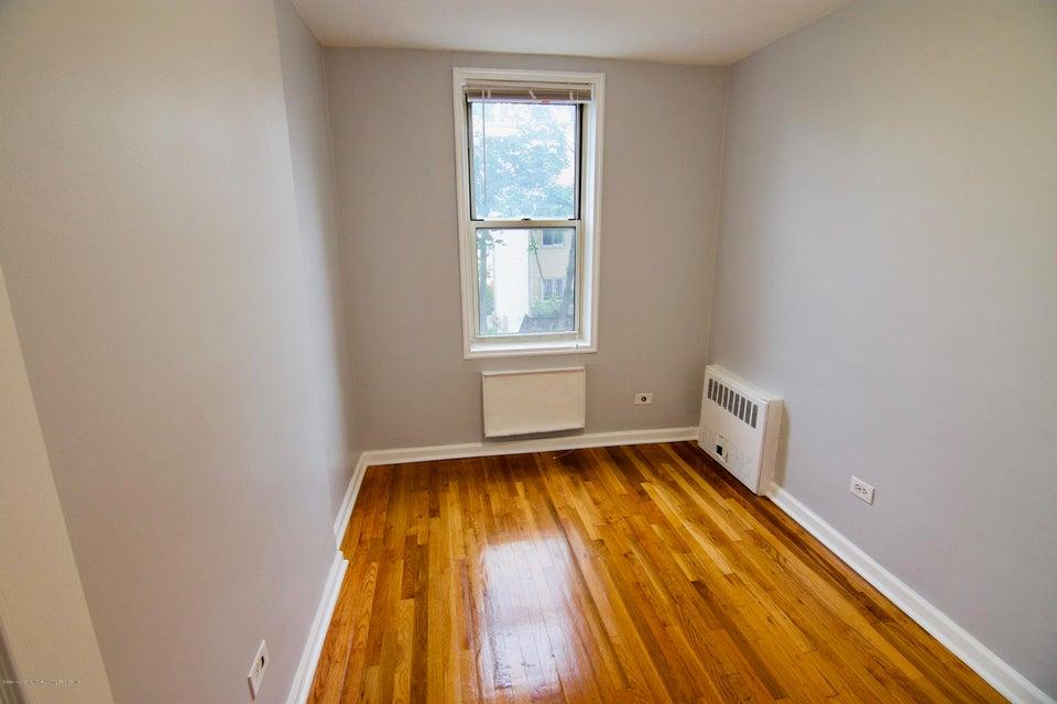Condo 55 Austin Place 3k  Staten Island, NY 10304, MLS-1120248-6