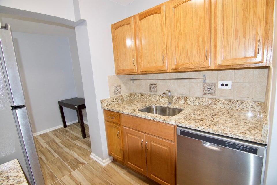 Condo 55 Austin Place 3k  Staten Island, NY 10304, MLS-1120248-14