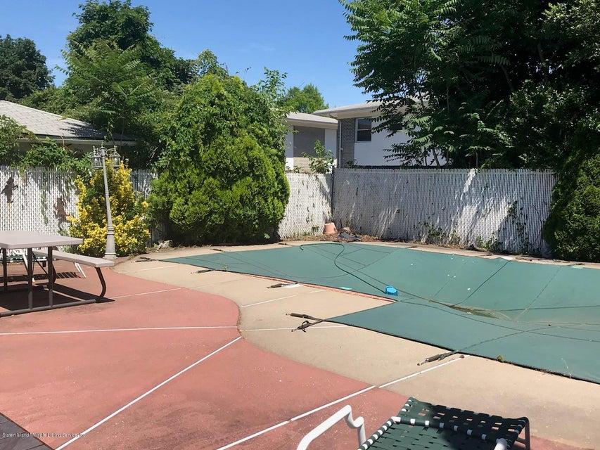 Single Family - Detached 72 Mill Road  Staten Island, NY 10306, MLS-1120294-10