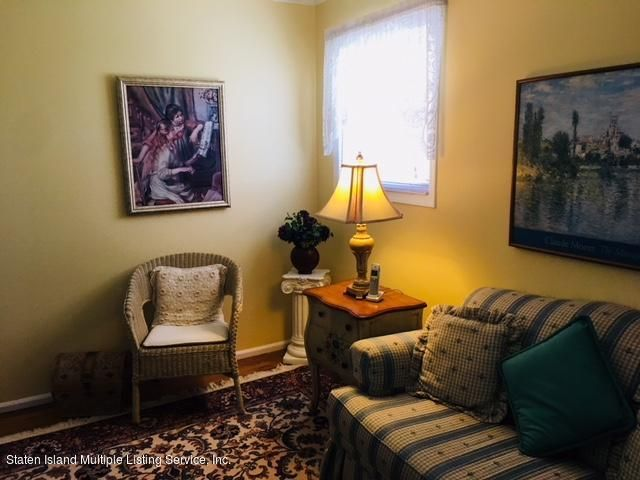 Single Family - Detached 469 Genesee Avenue  Staten Island, NY 10312, MLS-1120405-21