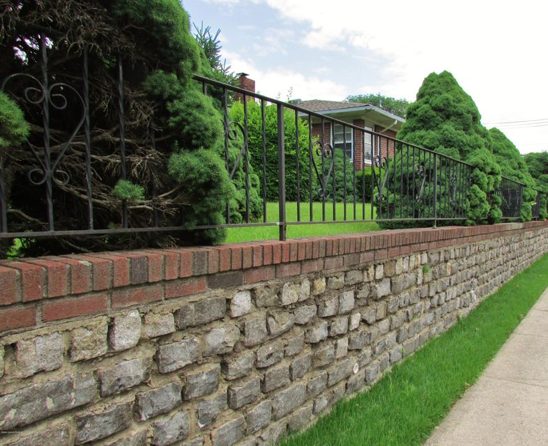Single Family - Detached 542 Woolley Avenue  Staten Island, NY 10314, MLS-1120333-14