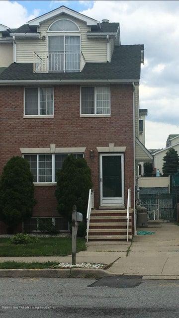 Single Family - Semi-Attached in Latourette - 139 Lewiston Street  Staten Island, NY 10314