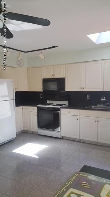 Single Family - Semi-Attached 139 Lewiston Street  Staten Island, NY 10314, MLS-1120369-4