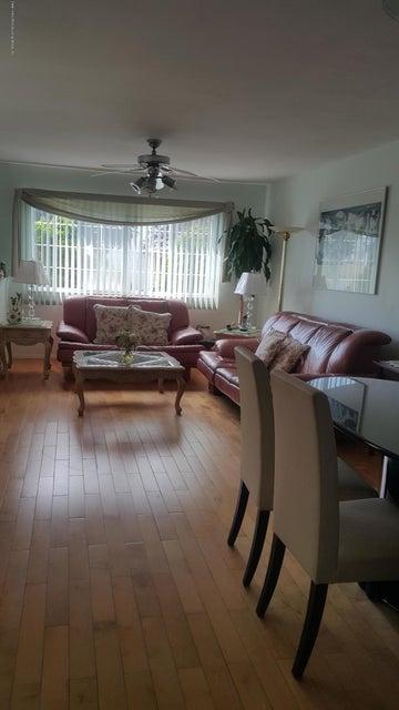Single Family - Semi-Attached 139 Lewiston Street  Staten Island, NY 10314, MLS-1120369-2
