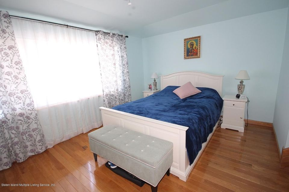 Single Family - Attached 82 Oceanside Avenue  Staten Island, NY 10305, MLS-1120430-13