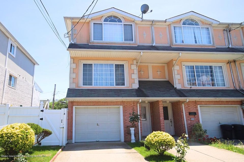 Single Family - Attached in South Beach - 82 Oceanside Avenue  Staten Island, NY 10305