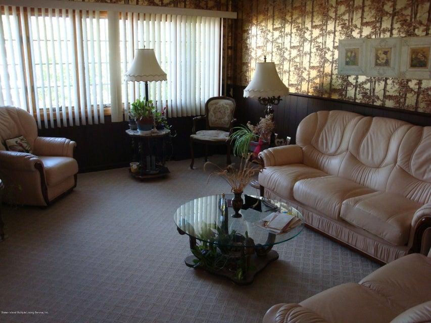 Single Family - Detached 224 Lamport Boulevard  Staten Island, NY 10305, MLS-1120445-2
