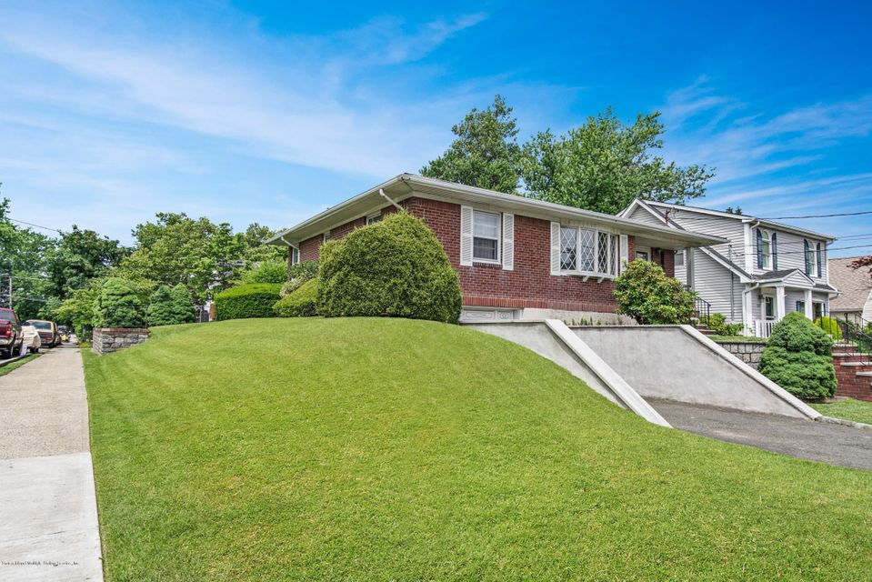 Single Family - Detached 542 Woolley Avenue  Staten Island, NY 10314, MLS-1120333-13