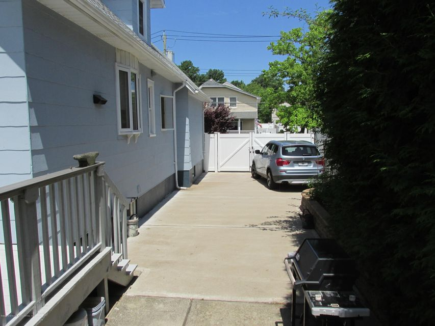 Single Family - Detached 14 Margaret Street  Staten Island, NY 10308, MLS-1120474-3