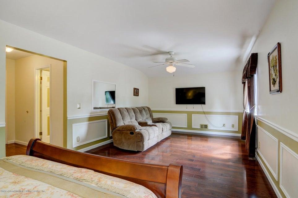 Single Family - Detached 369 Kinghorn Street  Staten Island, NY 10312, MLS-1120493-20