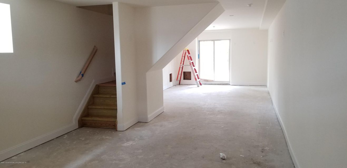 Single Family - Semi-Attached 488 Bedford Ave   Staten Island, NY 10306, MLS-1116461-17