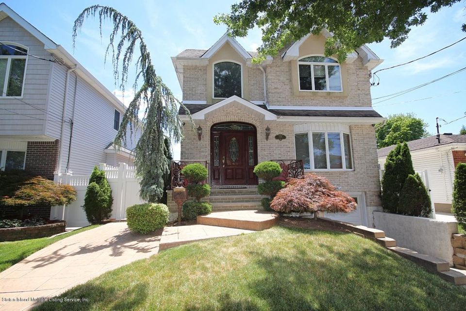 Single Family - Detached 176 Wolverine Street  Staten Island, NY 10306, MLS-1120572-2