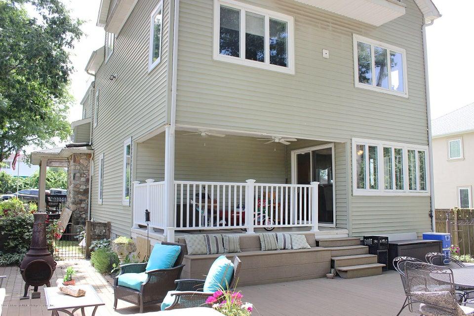 Single Family - Detached 158 Ridge Avenue  Staten Island, NY 10304, MLS-1120537-39