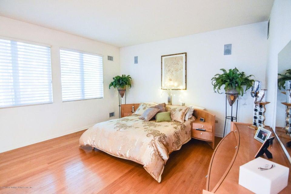 Single Family - Detached 10 Milford Avenue  Staten Island, NY 10301, MLS-1120640-18