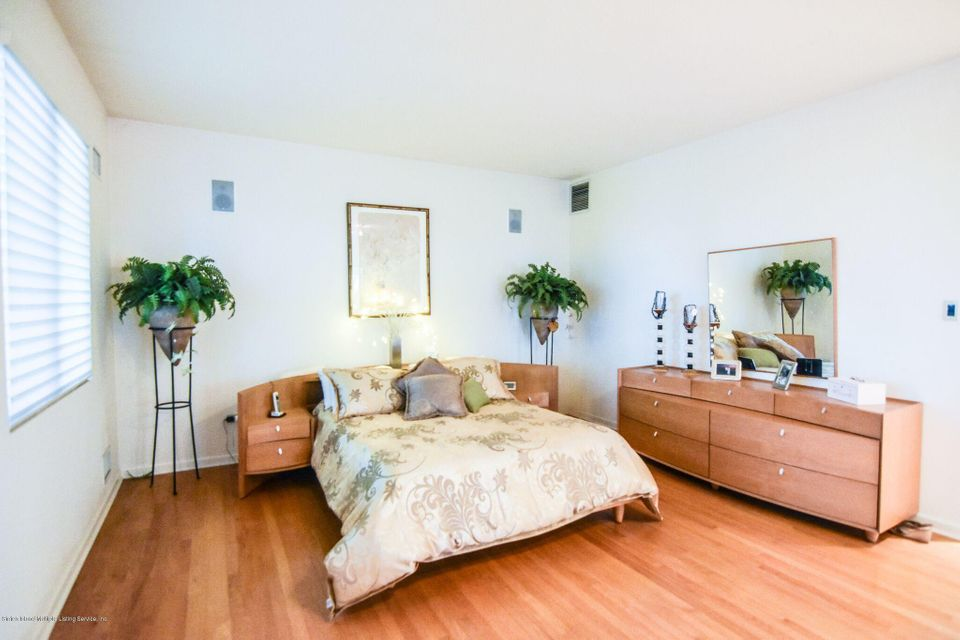 Single Family - Detached 10 Milford Avenue  Staten Island, NY 10301, MLS-1120640-19