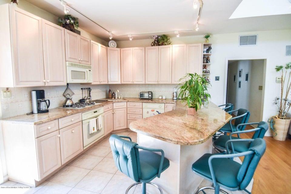Single Family - Detached 10 Milford Avenue  Staten Island, NY 10301, MLS-1120640-43