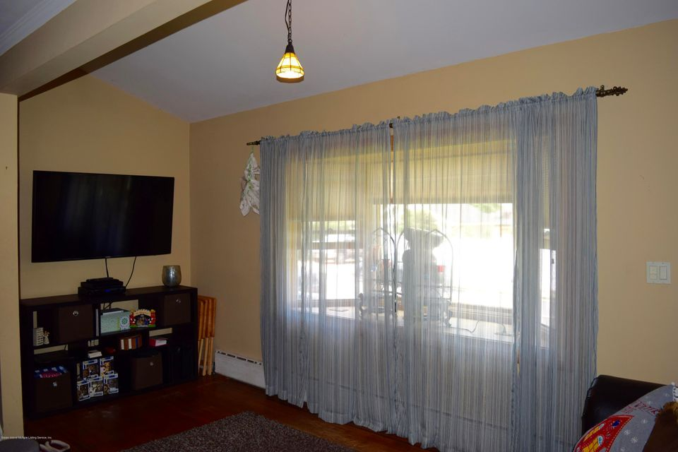 Single Family - Detached 176 Drake Avenue  Staten Island, NY 10314, MLS-1120662-5