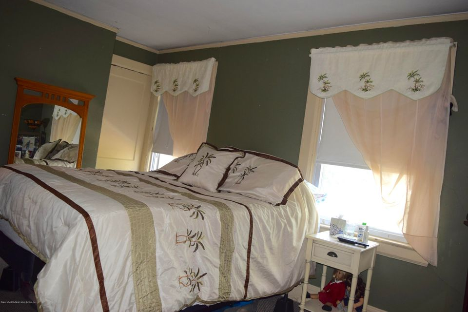 Single Family - Detached 176 Drake Avenue  Staten Island, NY 10314, MLS-1120662-14